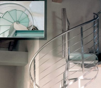 """Scala a chiocciola tonda in vetro e acciaio duelle scale modello """"MAGRITTE ASOLATA special"""""""