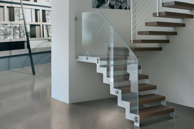 """Scala a giorno in legno e vetro duelle scale di design modello """"PICASSO + CAVAGGIO"""""""