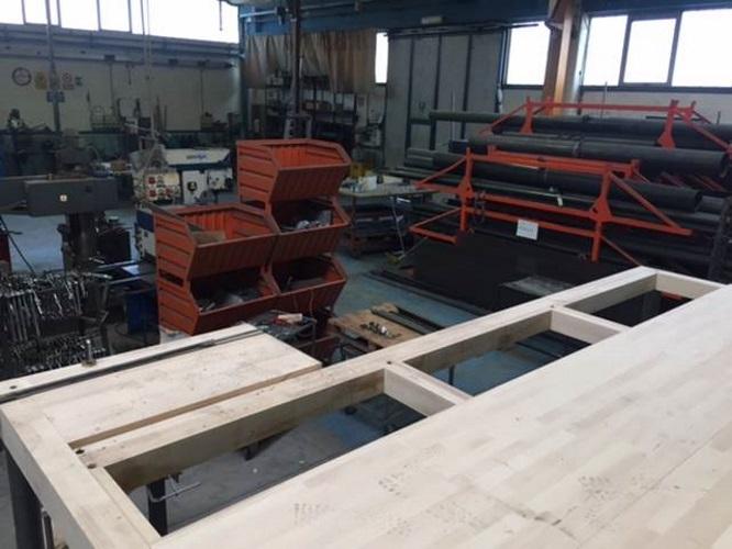 Soppalco in legno con scala duelle scale for Piano di costruzione in legno soppalco